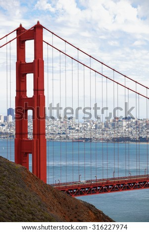Photo Golden Gate Bridge - stock photo