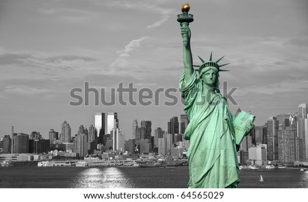 photo new york city skyline statue liberty tourism and business concept. black and white new york city with statue of liberty over hudson river in midtown mahattan skyline.