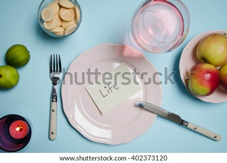 Photo of the fork and knife with plate