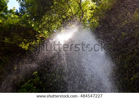 Photo Picture of a Beautiful Water Splash Waterfall