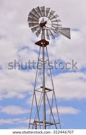 Photo Picture of a Classic Vintage Windmill