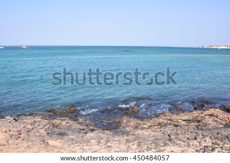 Photo Picture of the Beautiful Ocean Coast's View