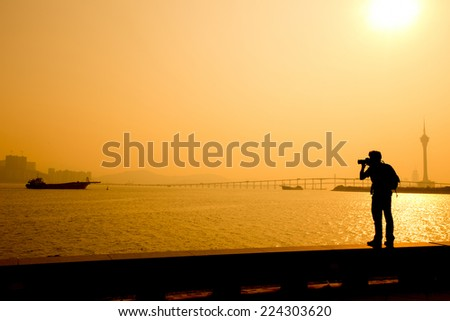 Photographers shooting silhouettes