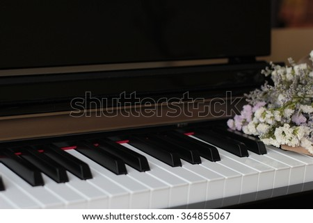 piano flowers
