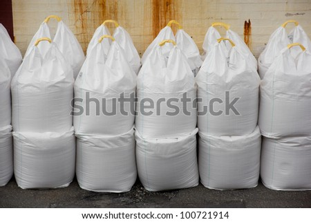 Picture a bunch of big bags of industrial salt