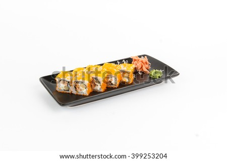 Picture of maki with salmon and red masago