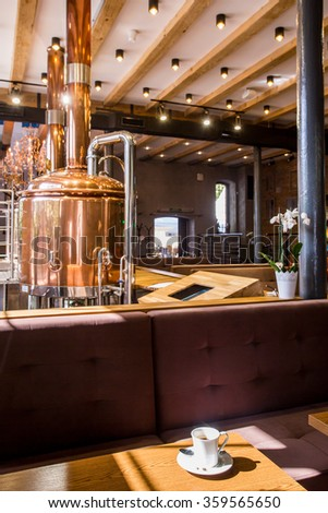 Picture of modern brewery restaurant with decorative ceiling