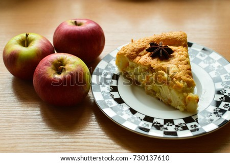piece of apple pie on a plate