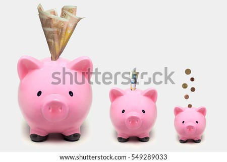 piggy banks increasing in size with euros growing investment concept