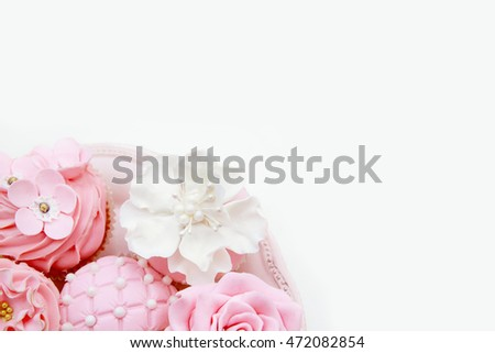 Pink cupcakes. wedding sweets