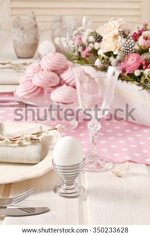 Pink meringues on the easter table