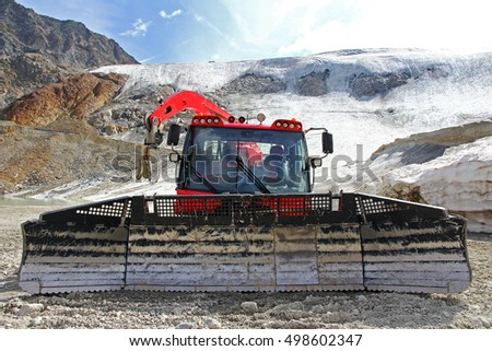 Pistenbully - slope maintenance vehicle for ski operation