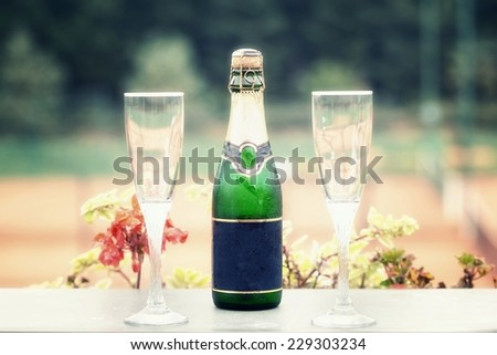 Place settings restaurant to celebrate, or to eat - stock photo
