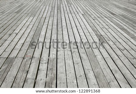 Plank flooring arranged in rows