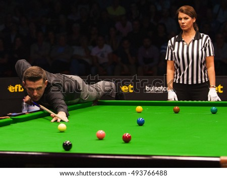 Plovdiv, Bulgaria - October 1: Mark Selby of England participates in snooker show The Eleven 30 Series 2016 against Ronnie O'Sullivan in Kolodruma sports hall, Plovdiv