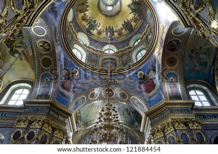 POCHAEV, UKRAINE - OKTOBER 05: Very well preserved frescoes murals on dome and vaults of religious themes in Holy Dormition Cathedral in Pochayiv Lavra on October 05, 2012 in Pochaev, Ukraine.