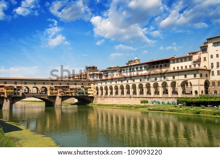 Ponte Vecchio and Florence Homes near Arno River - Tuscany