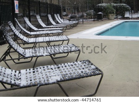 Pool in Snow