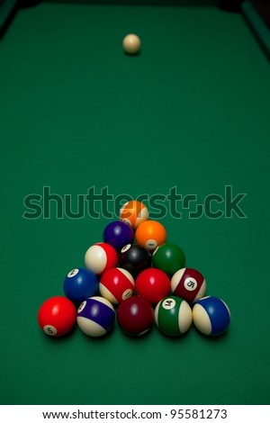 how to set up pool balls properly