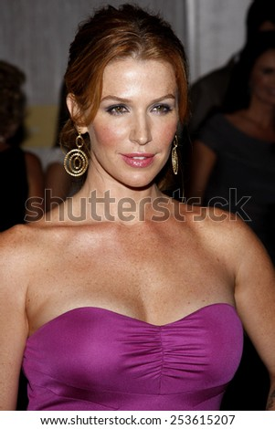 Poppy Montgomery at the Operation Smile's 8th Annual Smile Gala held at the Beverly Hilton Hotel in Beverly Hills, California, United States on October 2, 2009.