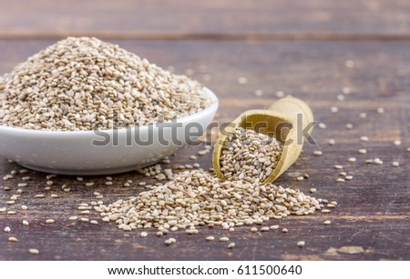 Porcelain dish with sesame seeds / sesame seeds / food