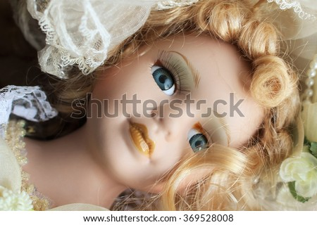 Porcelain doll face