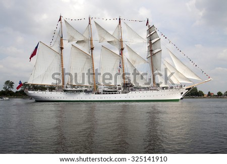 PORT OF AMSTERDAM ,NETHERLANDS - AUGUSTUS 19 ,2015 : Tall ship the Esmeralda from chili sailing to Amsterdam  during sail 2015 on August 19, 2015 Amsterdam , Holland.