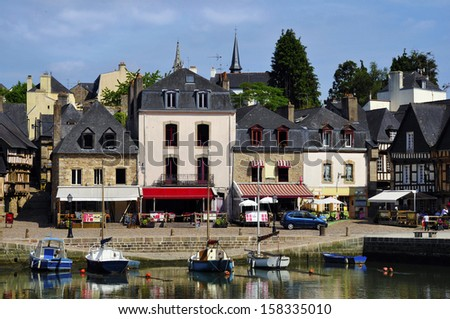 Port of Saint-Goustan and buildings at Auray in the Morbihan department in Brittany in north-western France - stock photo