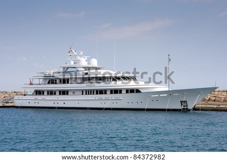 PORTALS NOUS, SPAIN - APRIL 27: Yacht Rasselas docks on April 27, 2011 in the port of Portals Nous. Rasselas is a 62m motor yacht, built in 2005 in Netherlands, #99 in World's 100 Largest Yachts 2007.
