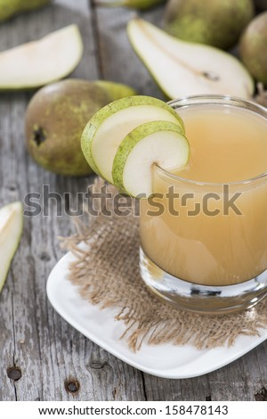 Portion of fresh made Pear juice