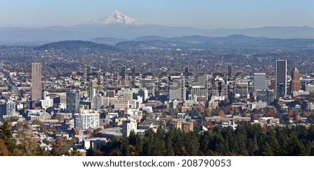 Portland Oregon panorama in Autumn from Pittock mansion.