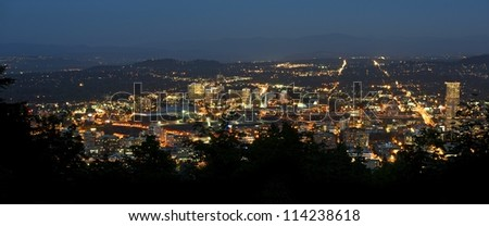 Portland Panoramic Photography at Night. Downtown Portland, Oregon, USA. American Cities Photo Collection.