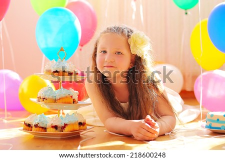Portrait boy with birthday cake