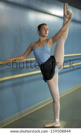Ballet Barre Stock Images Royalty Free Images Amp Vectors