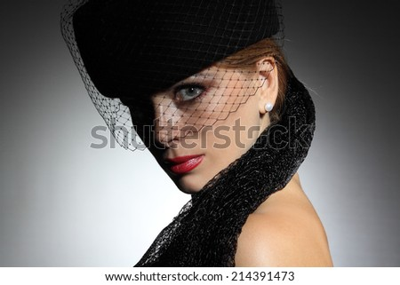 portrait of a woman in a hat. sexy lips. beautiful look. beautiful makeup