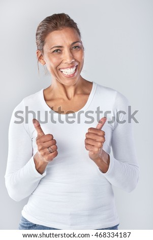 Portrait of asian woman with two thumbs up, happy approval