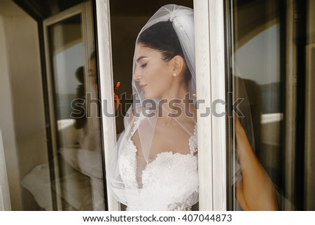 Portrait of beautiful luxury bride