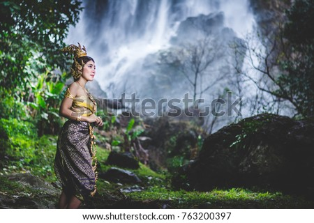 buddhist single women in water valley India, home to more than one billion people, has been a land of religious diversity for thousands of years it is the birthplace of four religions, hinduism, buddhism, jainism, and sikhism.