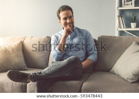 Facing Away Stock Images Royalty Free Images Amp Vectors