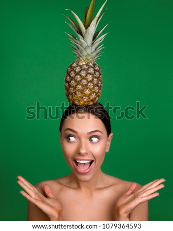 Naked girl with pineapple — photo 14