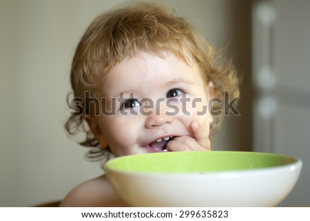 Girl With Green Hair In Eating Food In The Shpwer