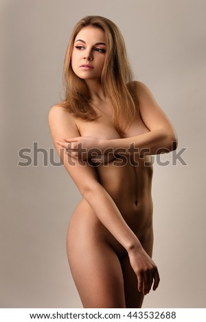 Portrait of the beautiful naked woman