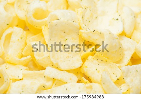 Potato chips with dill