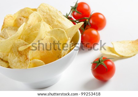 potato chips with  tomatoes