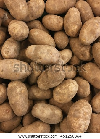 Potato on market