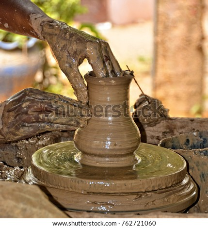 African clay pot stock images royalty free images for Terracotta works pots