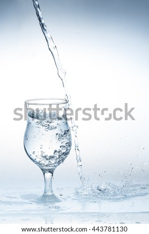 Pour water glass