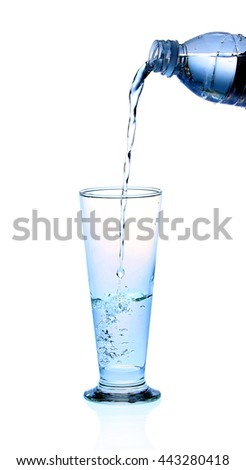 Pour water into a glass , clean drinking water.