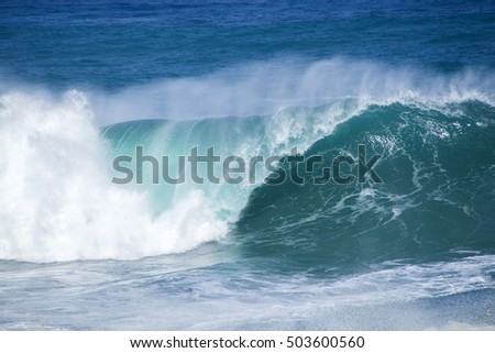 powerful ocean waves breaking natural water background