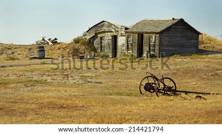 Prairie Homestead Historic Site in South Dakota displaying an original pioneer dirt sod home constructed in 1909 on the edge of the Great Plains in the USA - stock photo